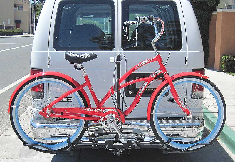Platform hitch rack transporting beach cruiser